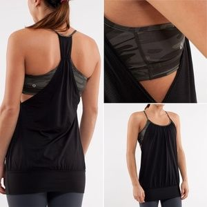 Lululemon No Limit Tank wren black Retro Camo 4